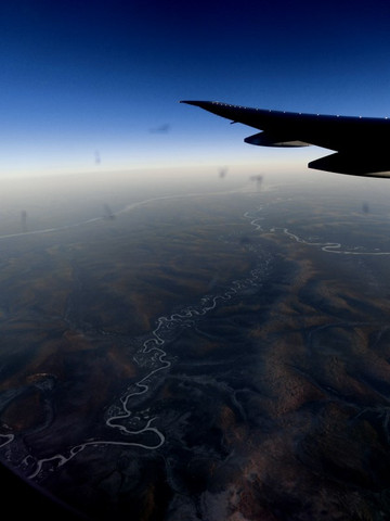 シベリア、川のある風景