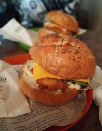 Naoshima_burger_20190817_124842
